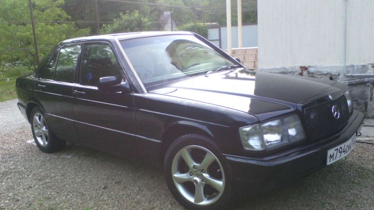 Mercedes-Benz 190, 1990 год, 180 000 руб.