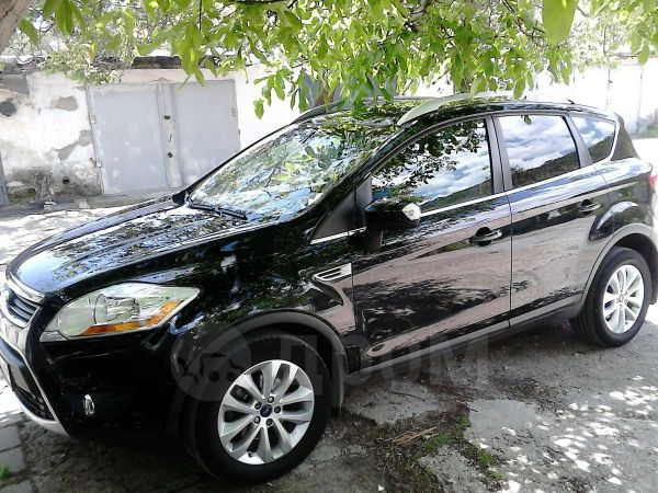 Ford Kuga, 2011 год, 742 000 руб.