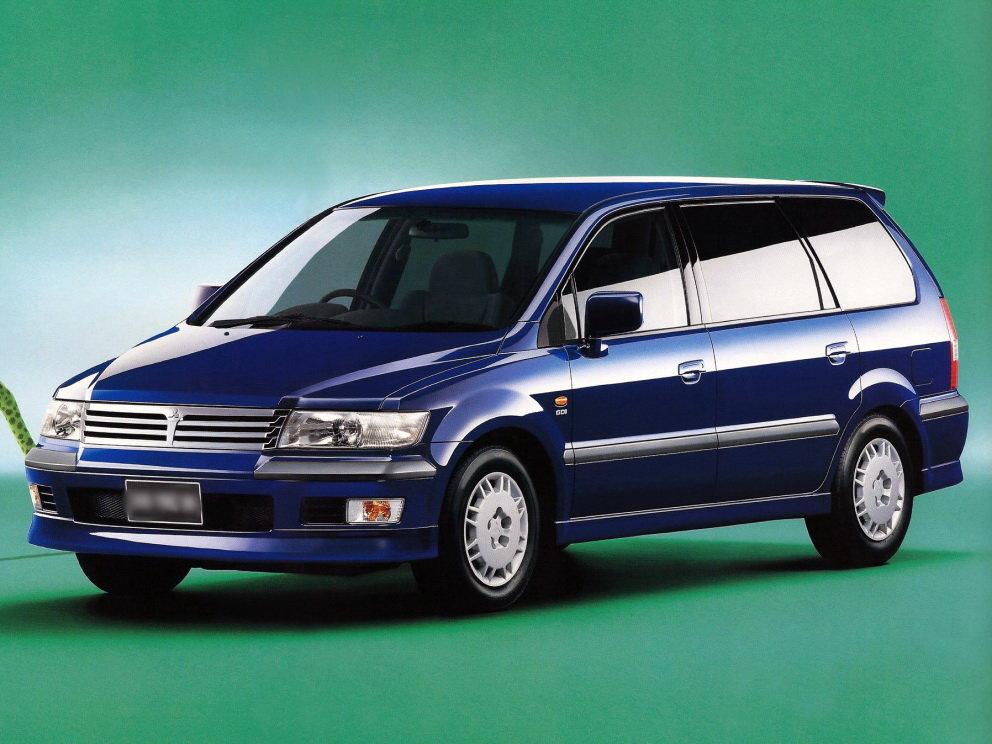 mitsubishi chariot, минивэн 1999 г.в
