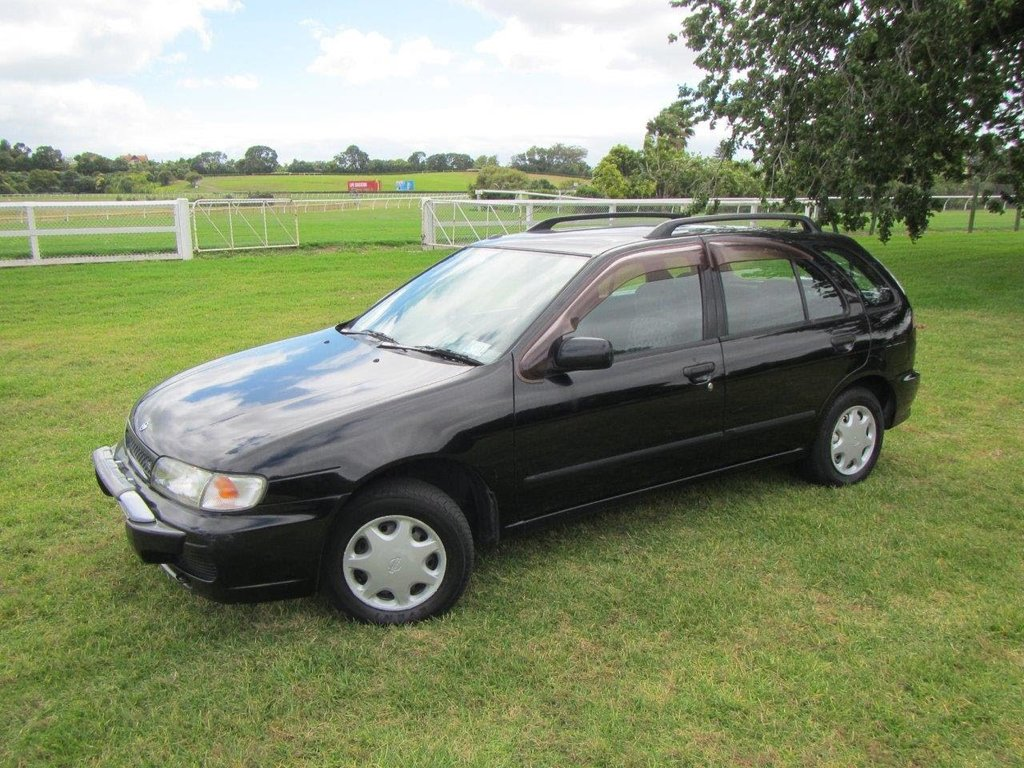 Nissan Lucino 1996 - 2000