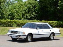 Toyota Crown 1983, седан, 7 поколение, S120