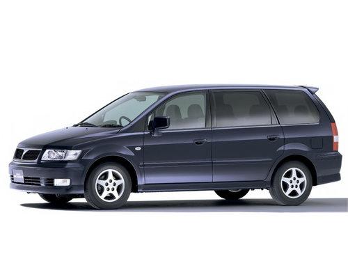 Mitsubishi Chariot Grandis 2000 - 2003