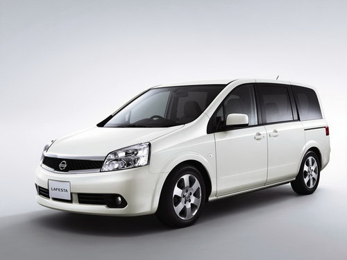 Nissan Lafesta 2007 - 2012