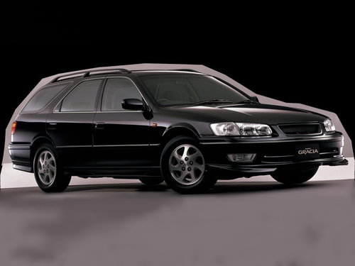 Toyota Camry Gracia 1999 - 2001