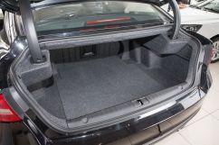 Объем багажника, л: 506