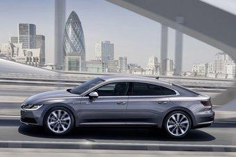 Внешне новый Arteon почти дословно воспроизводит концепт-кар VW Sport Coupe образца 2015 года.
