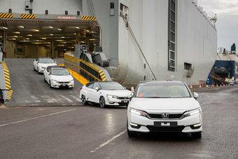 В Женеве Honda показала водородную модель Clarity FCV в спецификации для рынка Европы.