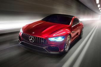 Серийная версия 5-дверного Mercedes-AMG GT появится в 2018 году.
