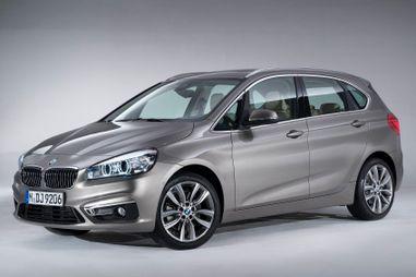 BMW 2-Series Active Tourer с 3-цилиндровым мотором оценили в 1,68 млн рублей