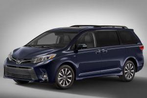 Toyota обновила минивэн Sienna