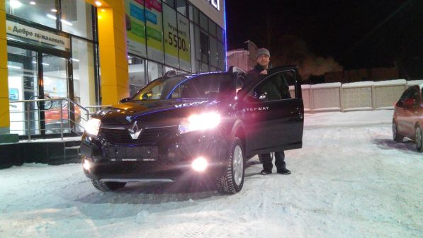 Renault Sandero Stepway 2016 - отзыв владельца