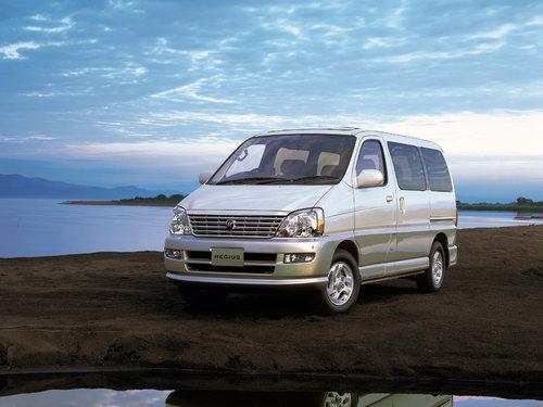 Toyota Regius 1999 - 2002