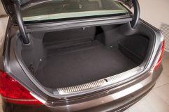 Объем багажника, л: 484