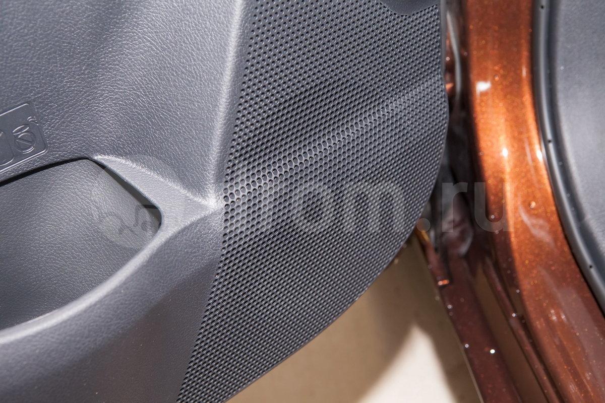 Дополнительное оборудование аудиосистемы: 4 динамика, антенна, разъемы AUX, USB