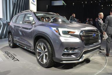 В Нью-Йорке представили предсерийный прототип 7-местного кроссовера Subaru