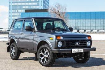 Lada 4x4 40th Anniversary дороже стандартного внедорожника на 32 000 рублей.