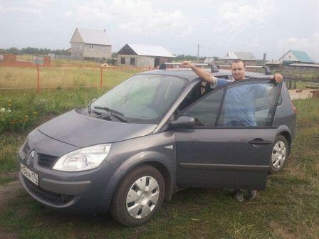 Renault Grand Scenic 2007 - отзыв владельца