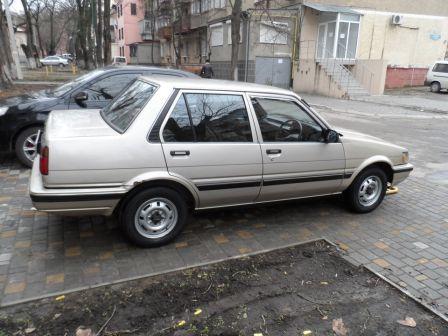 Toyota Corolla 1986 - отзыв владельца