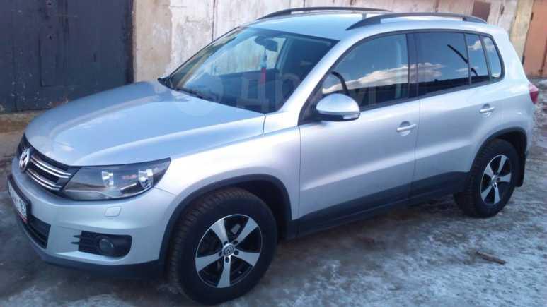 Volkswagen Tiguan, 2012 год, 720 000 руб.