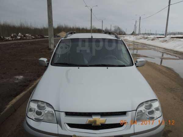 Chevrolet Niva, 2011 год, 358 000 руб.
