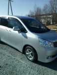 Toyota Noah, 2012 год, 850 000 руб.