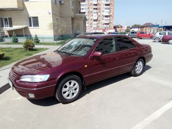 Toyota Camry Prominent, 1997 год, 298 000 руб.