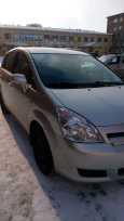 Toyota Corolla Verso, 2005 год, 600 000 руб.
