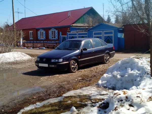 Volkswagen Passat, 1994 год, 84 000 руб.