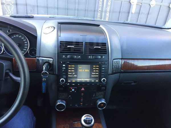 Volkswagen Touareg, 2003 год, 475 000 руб.