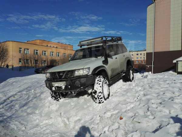 Nissan Patrol, 1998 год, 870 000 руб.
