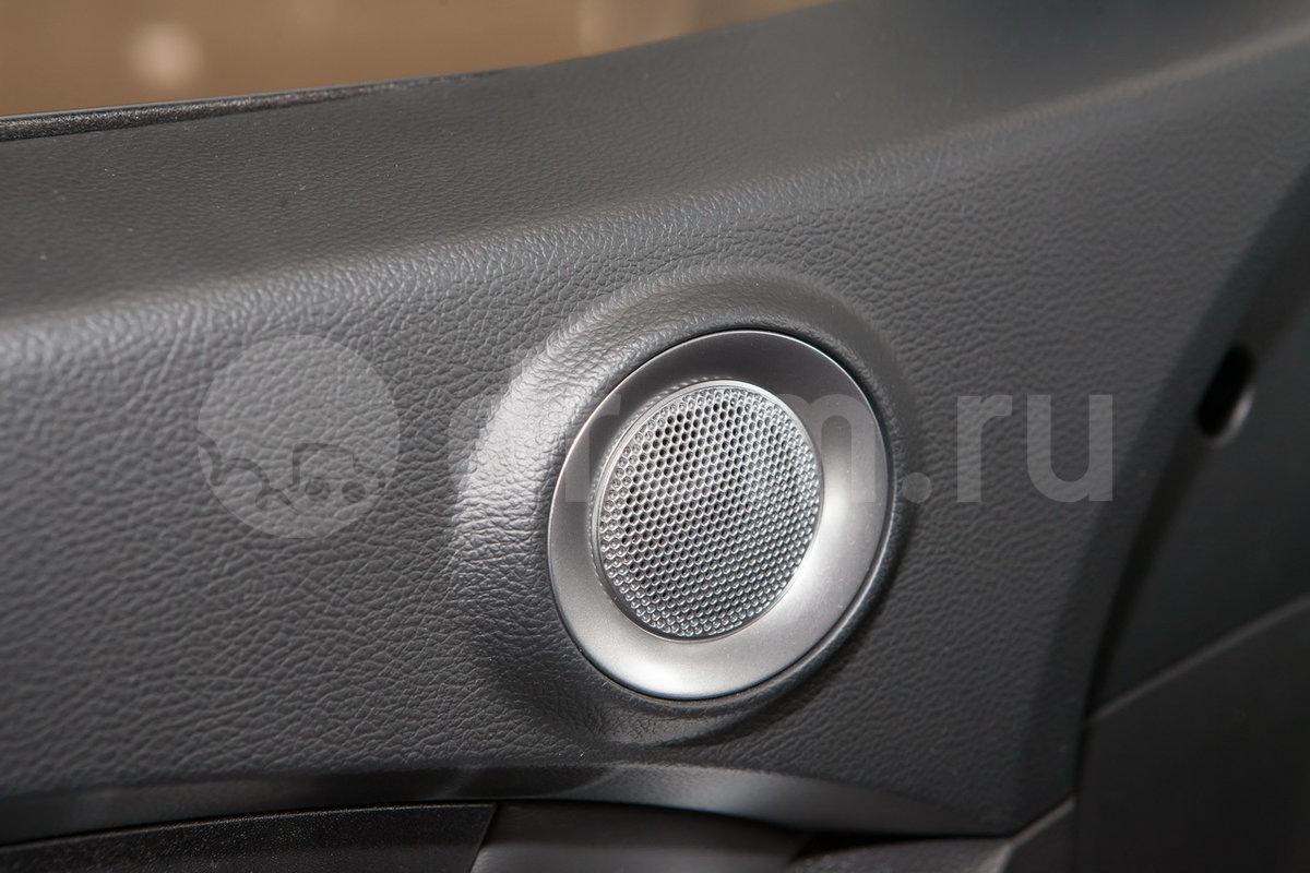 Дополнительное оборудование аудиосистемы: Аудиоподготовка (6 динамиков, антенна), USB