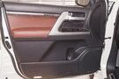 Дополнительное оборудование аудиосистемы: Аудиосистема премиум класса JBL, 14 динамиков, USB / AUX разъем (с возможностью подключения iPod)