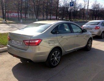 На дорогах Тольятти засекли Lada Vesta в самой дорогой комплектации