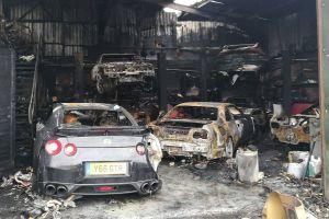 В Англии сгорела тюнинг-мастерская с несколькими Nissan Skyline GT-R