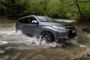 Блиц-тест Mitsubishi Pajero Sport Diesel. Пятый элемент