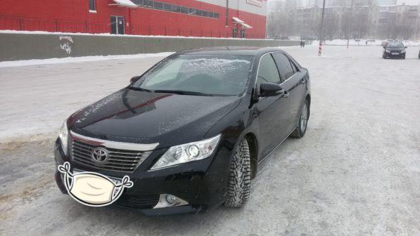 Toyota Camry 2012 - отзыв владельца