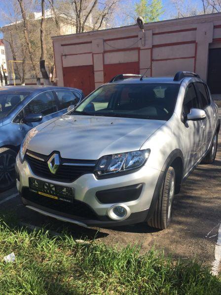 Renault Sandero Stepway 2017 - отзыв владельца