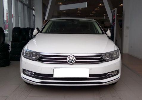 Volkswagen Passat 2015 - отзыв владельца
