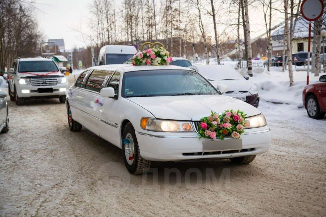 Lincoln Town Car, 1999 год, 500 000 руб.