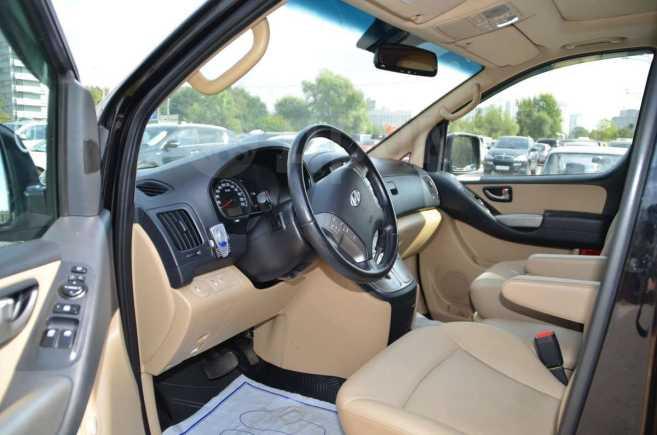 Hyundai Grand Starex, 2010 год, 973 000 руб.