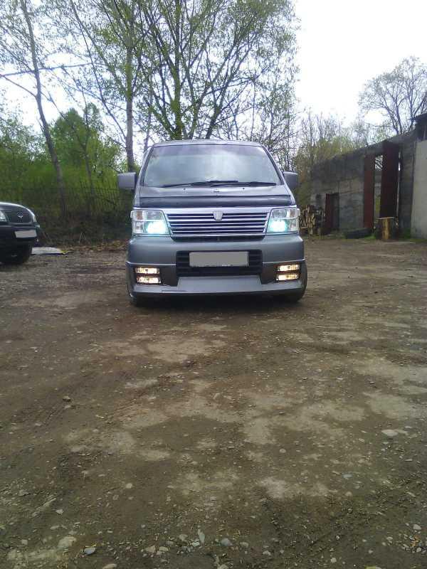 Nissan Elgrand, 2001 год, 320 000 руб.