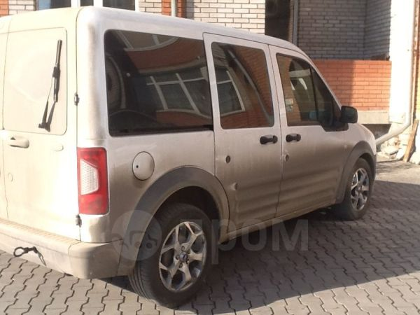 Ford Tourneo Connect, 2010 год, 427 222 руб.