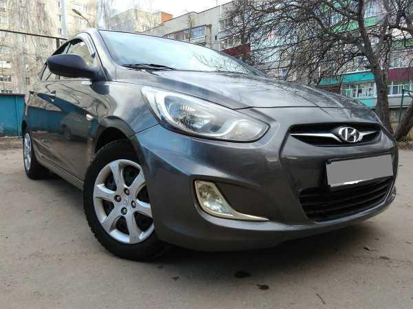 Hyundai Solaris, 2013 год, 415 000 руб.