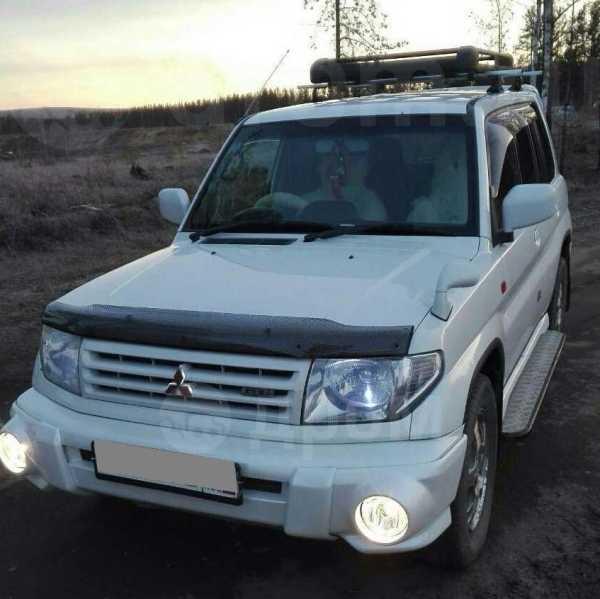 Mitsubishi Pajero iO, 2000 год, 320 000 руб.