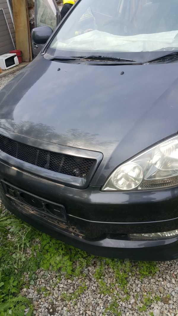 Toyota Ipsum, 2003 год, 180 000 руб.