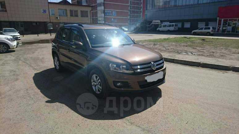 Volkswagen Tiguan, 2015 год, 1 000 000 руб.