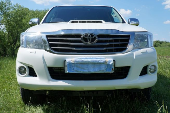 Toyota Hilux Pick Up, 2012 год, 1 500 000 руб.