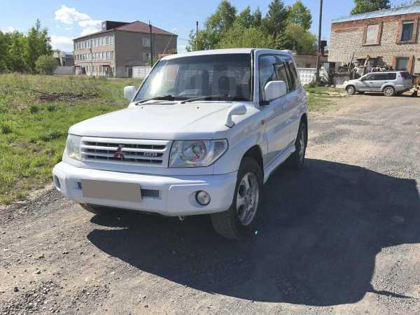 Mitsubishi Pajero iO, 1999 год, 390 000 руб.