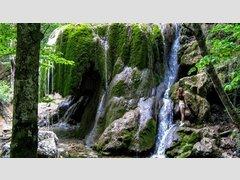 Серебряные струи (Водопад)
