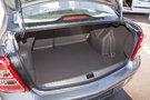 Вместимость багажника, л: 563
